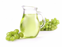 Large grapeseedoil istock 000003349429 large
